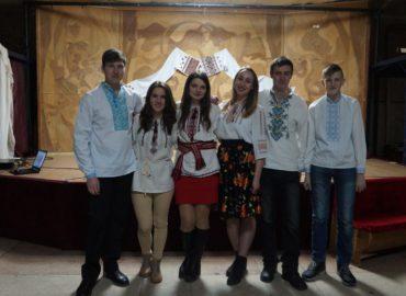 Молодь Дубенщини поринула в атмосферу української казки